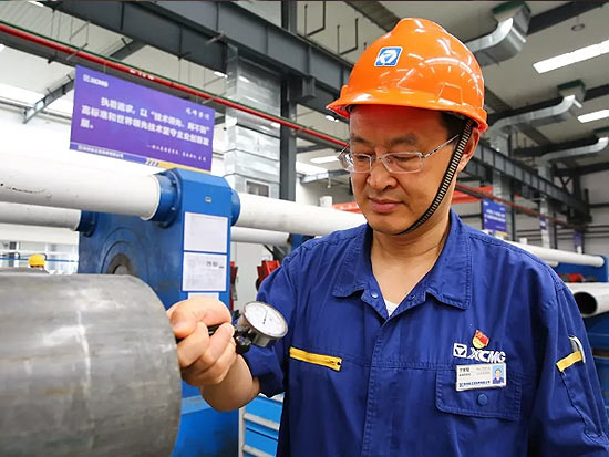"""突破冷拔技术,让中国液压缸实现""""大长薄壁"""""""