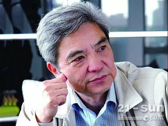 """南方路机董事长方庆熙荣膺""""中国工业影响力70人物"""""""