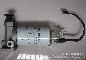 小松配件油水分离器:小松PC200-8油水分离器