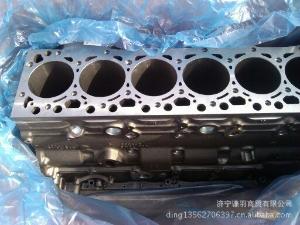 小松配件缸体:小松PC200-8发动机缸体
