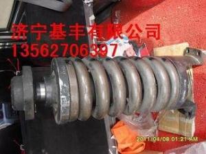 小松配件涨紧油缸:小松PC200-7涨紧油缸