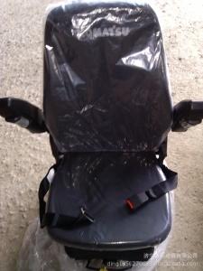 小松配件座椅:小松驾驶室座椅