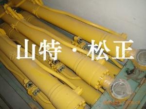 小松PC240-8铲斗油缸 斗杆油缸 动臂油缸  小松配件