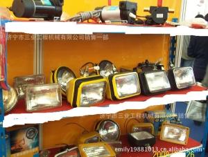 供应工程机械配件 现货供应PC200-7小松挖掘机大灯