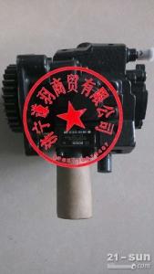 小松70-8柴油泵