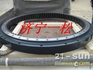 小松原厂挖掘机配件PC200-7大齿圈中缸总成链条操作阀山东一松0537-3281962王青云
