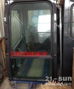 现代210-7挖掘机驾驶室