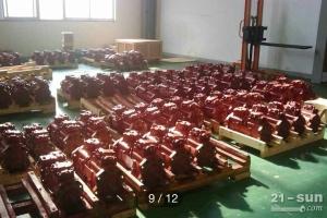 现代R200掘机液压泵,挖掘机泵胆,柱塞,九孔板,液压泵配件