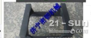 小松挖掘机配件PC220-8护链架