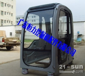 神钢230-6E挖掘机驾驶室