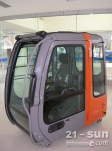日立挖掘机ZX200-3驾驶楼