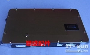 加藤HD921-3挖掘机电脑板