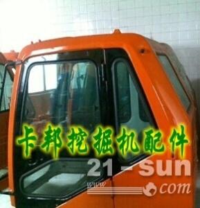 大宇220挖掘机驾驶室