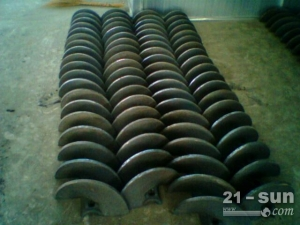 徐工RP952沥青摊铺机螺旋叶片、叶轮、履带板、链轨厂家直销