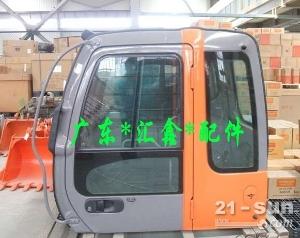 日立200-3挖掘机驾驶室