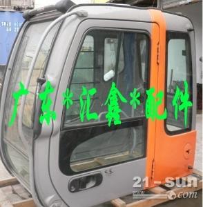 日立360-3挖掘机驾驶室