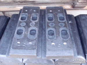 戴纳派克F141沥青摊铺机叶轮、履带板、支重轮、熨平板厂家直...