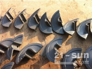 戴纳派克F121沥青摊铺机螺旋叶片、叶轮、履带板、链轨制造厂...