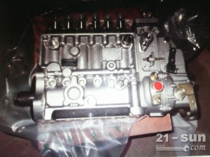 小松挖掘机配件PC300-7柴油泵.