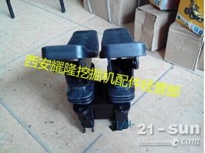 小松200-6挖掘机脚踏阀