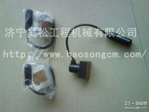低价供应小松挖掘机PC220-8主泵电磁阀