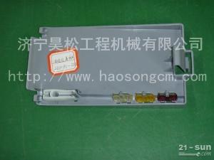 低价供应小松挖掘机PC400-8保险丝盒盖