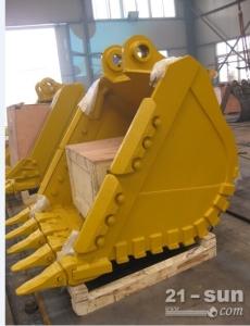镇江小松挖掘机原装配件PC450-7岩石型铲斗现货供应