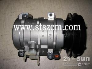 小松挖机 全车件 原装配件 性价比高 15810710387 PC200-7压缩机