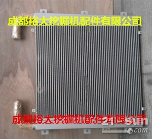 加藤820V挖掘机液压油散热器