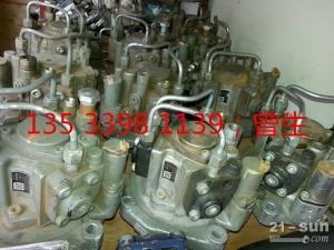 日立挖掘机配件ZAX330 6HK1 高压柴油泵