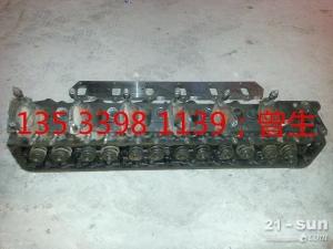 日立挖掘机配件EX300-2/3 6SD1缸盖