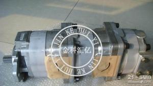 小松装载机 三联泵705-55-24130