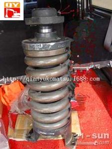 小松配件涨紧油缸:小松PC200-7涨紧油缸总成