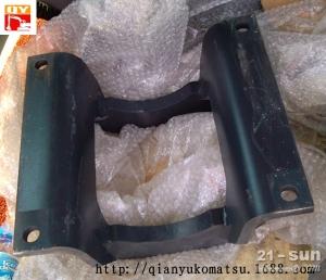 小松配件支重轮护板:小松PC200-8支重轮护板
