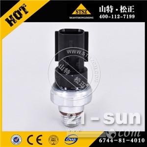 PC220-8发动机压力开关 6744-81-4010