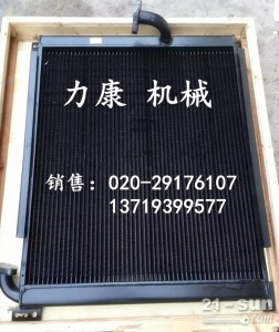 神钢SK200-8挖掘机日野J05E水箱散热器 水泵