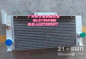 小松PC200LC-7挖掘机SAA6D102E-2水箱散热器 水泵