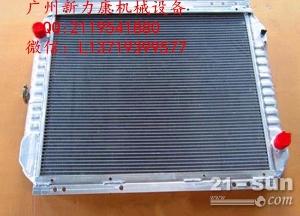 小松PC240LC-7挖掘机SAA6D107E-1水箱散热器 水泵