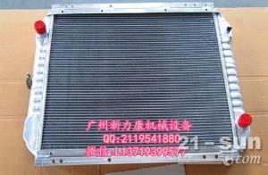 小松PC400LC-7挖掘机SAA6D125E-3水箱散热器 水泵