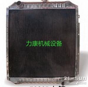 神钢SK75-8挖掘机五十铃4LE2发动机水箱