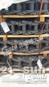 沃尔沃EC700挖掘机链条 链轨总成 四轮一带