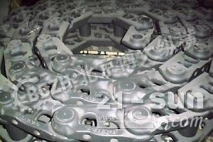 沃尔沃挖掘机四轮一带 链条 支重轮 引导轮 驱动齿 链板