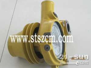 山特松正小松原厂WA600-6发动机水泵13665376770
