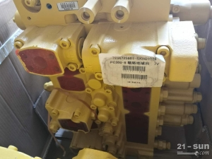 小松装载机PC300-8 主阀