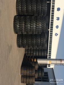 徐工胶轮11.00-20轮胎