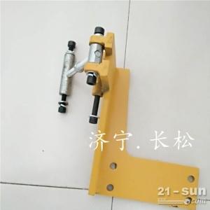 山推推土机SD16空调压缩机支架空调压缩机轴承