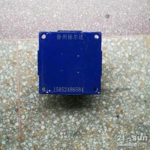 徐工20吨压路机减震器 减震块 胶墩 连接块