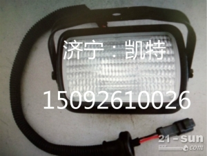 小松挖掘机PC200-8大灯