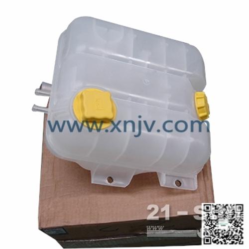 供应沃尔沃卡车水箱-沃尔沃卡车配件