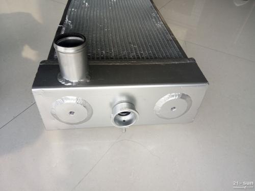 小松PC240-8液压油散热器 挖掘机配件